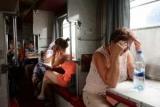 Пассажиры российских поездов предложили спать в капсулах